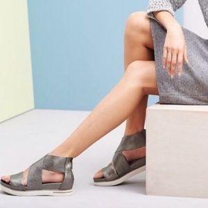 Eileen Fisher Sport Platform Sandal Platinum Leather Strappy Zip Back